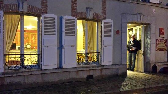 Hotel Castel Jeanson : Hotell entré