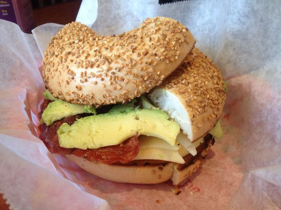 Bagel Street Cafe: Egg which with avocado and bacon