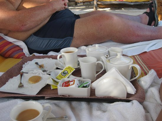 AfroChic Diani: Don't get off your bed for afternoon tea