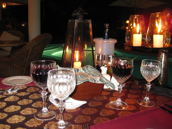 AfroChic Diani: Dinner by candlelight