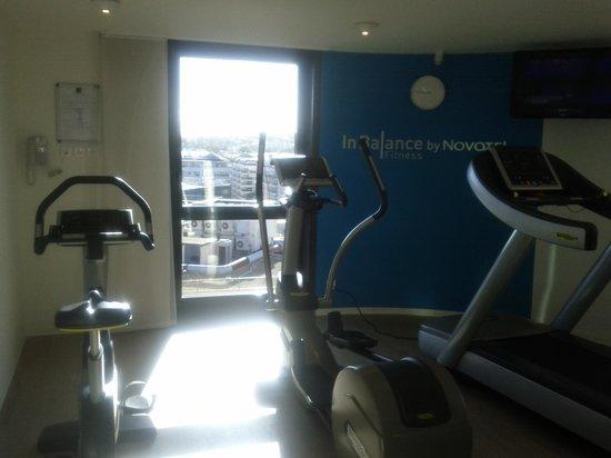 Novotel Suites Paris Issy les Moulineaux: Salle fitness