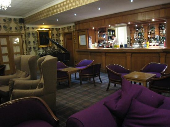 Royal George Hotel: Bar
