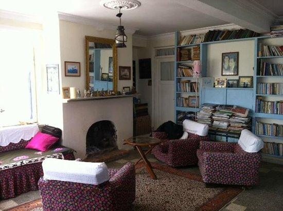 Lipsos Hotel Ata's Place: living room
