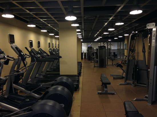 Hilton Baltimore BWI Airport: Fitness Center, Fairly Complete