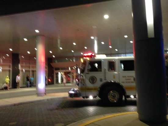 Hilton Baltimore BWI Airport: Fire Truck,  w/out explanation