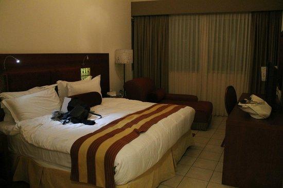 Tamani Hotel Marina: Master Chambre