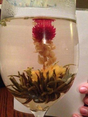 Dores Inn: fabulous flora tea, we could resist!