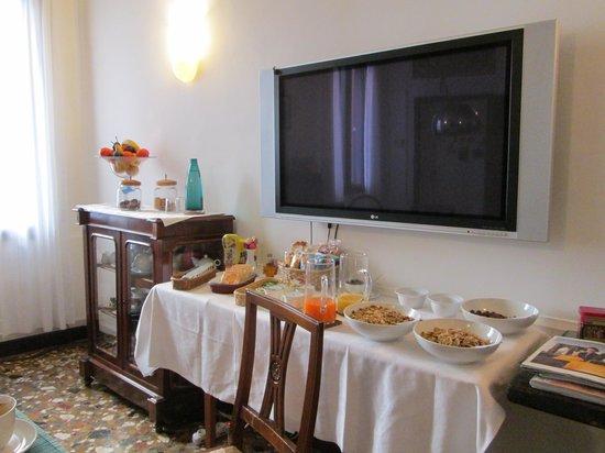 Al Teatro Bed & Breakfast : breakfast buffet