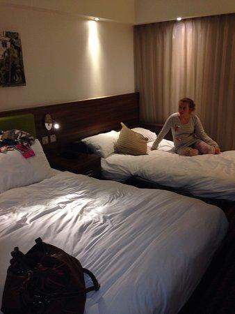 Hampton by Hilton York: Bedroom