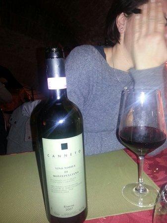 La Bottega del Nobile: Il vino è ottimo