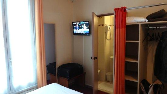 Hotel Paris Villette : Chambre