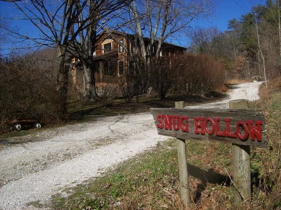 "Snug Hollow Farm Bed & Breakfast: Perfect way to ""Recharge"" life's batteries in God's Country!!"