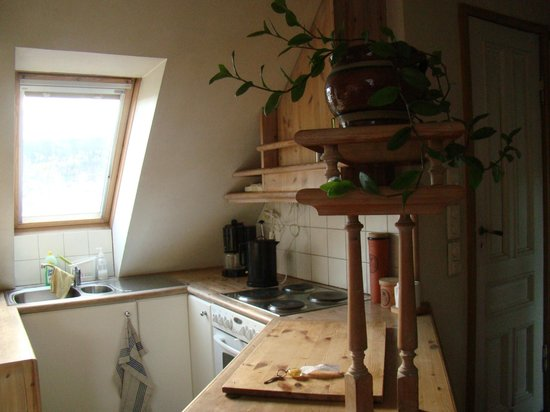 Amunds Appartement: Kitchen