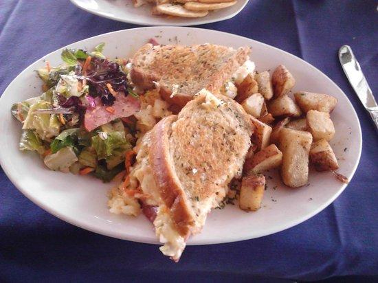 Cornish Manor Restaurant: Reuben Sandwich Lunch
