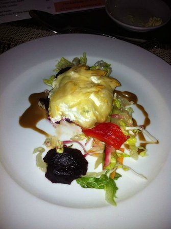 Ocean Two Resort & Residences: Appetizer - Goat Cheese Salad