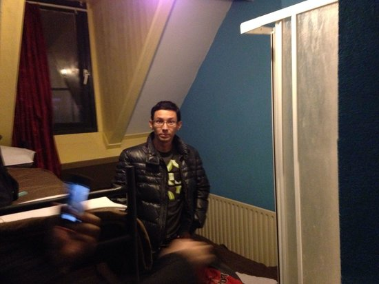 Amsterdam Hostel Orfeo: Номер
