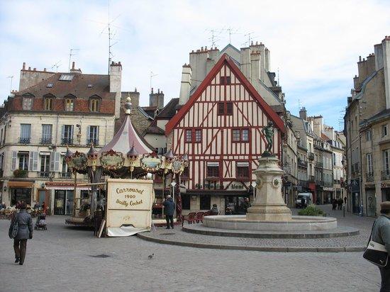 Au 3 Vauban : Grab the brass ring and just enjoy Dijon