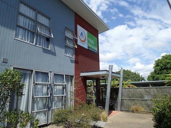 YHA Rotorua: Edificio con habitaciones