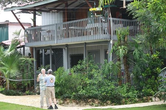 La Casa De Don David: restaurant overlooks Lake Petan Itza