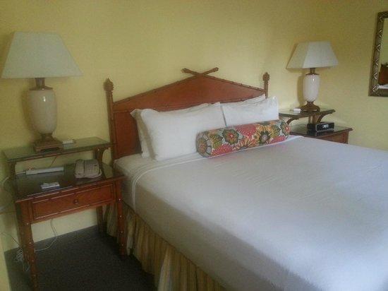 Sunshine Suites Resort: 6