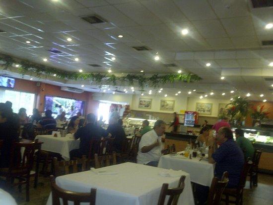 Paulista Grill : Otra vista del salón