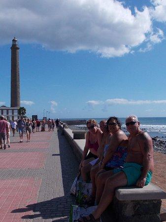 Paddys Irish Bar: lighthouse and good friends