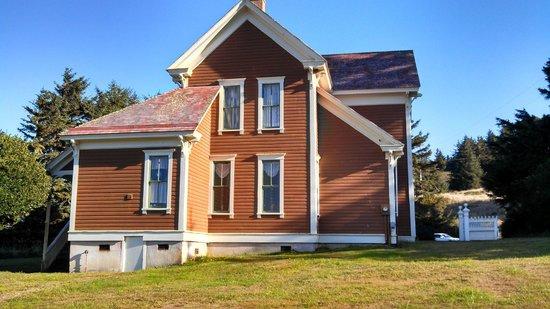 Hughes Historic House: Historic Architecture
