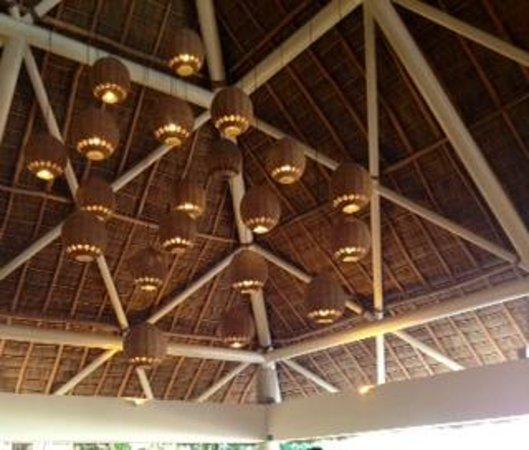 Sheraton Buganvilias Resort & Convention Center: restaurant