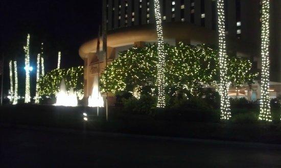 Rosen Centre Hotel: Front Entry