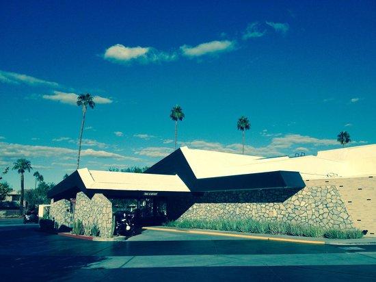 Ace Hotel and Swim Club: Entrance