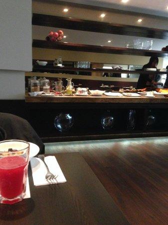 Nico Aparta Suites: The Breakfast Buffet