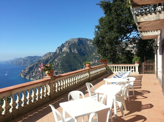 Villa la Quercia : Terrace with a View