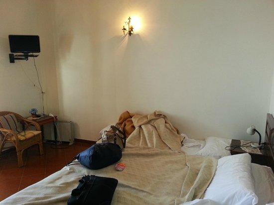 Villa la Quercia: Plain room