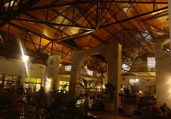 Grand Palladium Imbassai Resort & Spa: Hall do resort