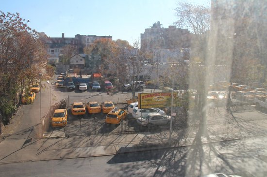 Country Inn & Suites By Carlson, New York City in Queens: Room View