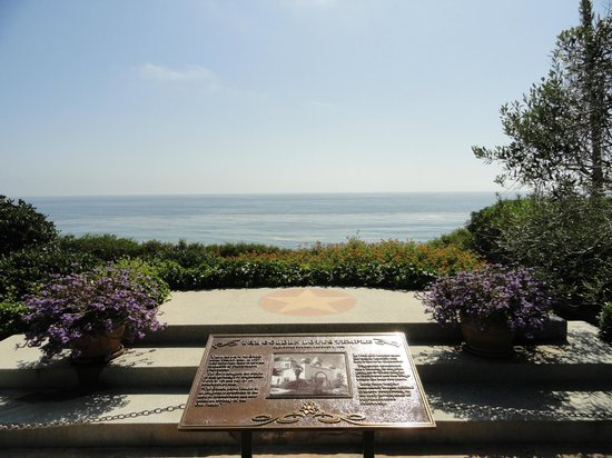 Swami 39 S Beach Picture Of Self Realization Fellowship Hermitage Meditation Gardens Encinitas