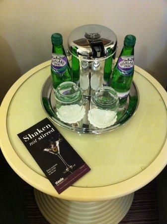 Thistle Holborn, The Kingsley: Bottled water
