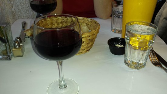 Mon Petit Cafe Inc : Beaujolais Nouveau
