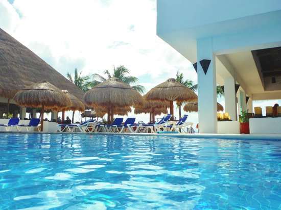 Sunscape Sabor Cozumel: This was taken from the pool