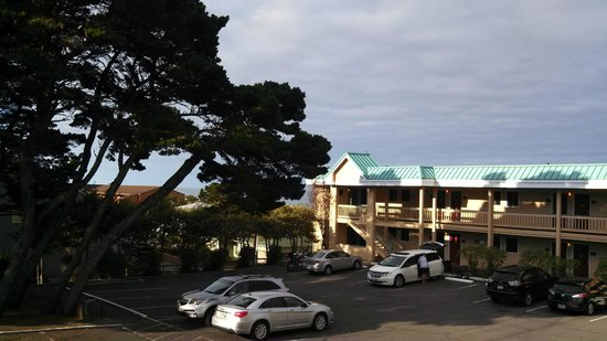 Inn of the Beachcomber: Scenic Gold Beach Views