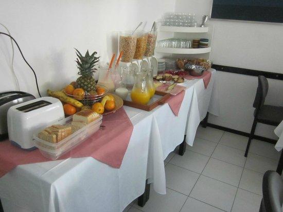 Bonne Etoile Hotel: breakfast