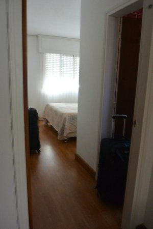 Bonne Etoile Hotel: room 317 bedroom with king bed