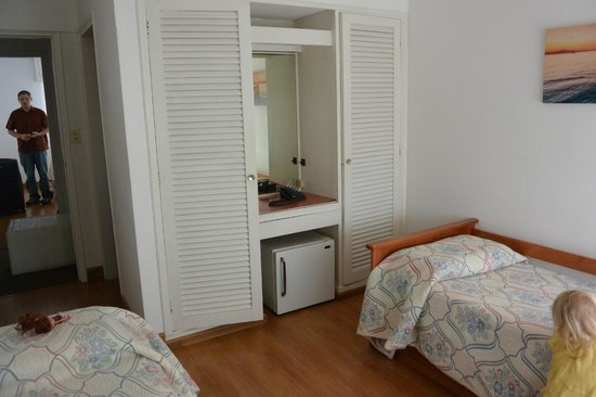 Bonne Etoile Hotel: room 317 room with twin beds