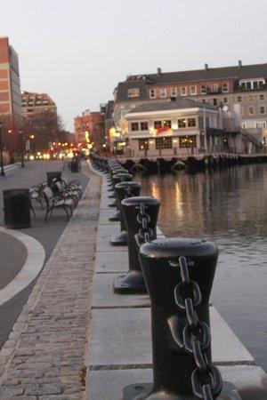 Looking down the Boston harbour towards Joe's American Bar & Grill     100 Atlantic Ave, Boston,