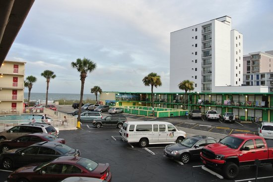 Super 8 Myrtle Beach/Ocean Front Area: Вид из номера