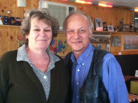 Fort Laramie American Grill & Restaurant: Sandy and his wife, owners of the Fort Laramie American Grill.