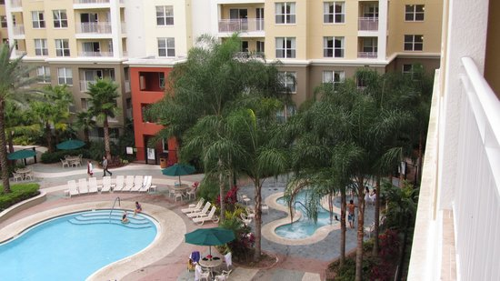 Vacation Village at Parkway: Pool Area with Hot Tub