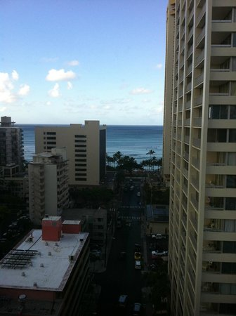 Vive Hotel Waikiki: View out the main Window