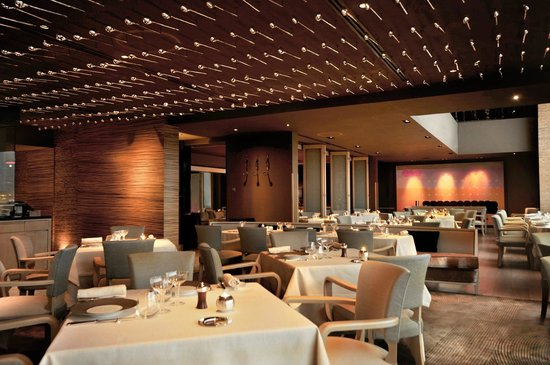 InterContinental Hong Kong: SPOON by Alain Ducasse