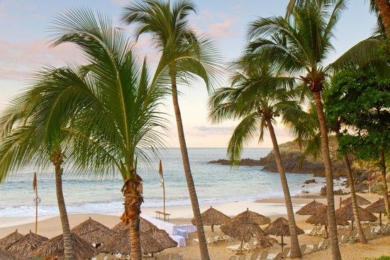 Las Brisas Ixtapa : Playa Hermosa